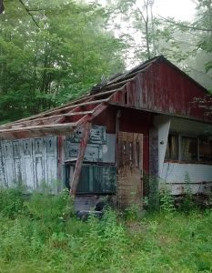 Abandoned cabin in New Hampshire